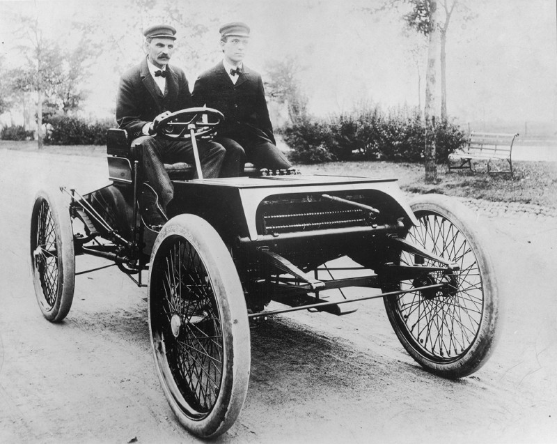 Henry Ford und Oliver Barthel im Sweepstakes 1901